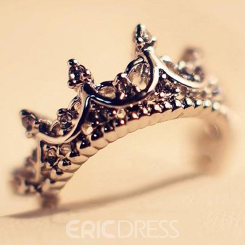 Vintage Hollow-out Crown Ring for Women 10837120 - Ericdress.com