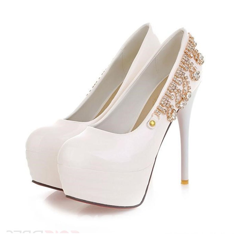 Queen Style Solid Color Pumps