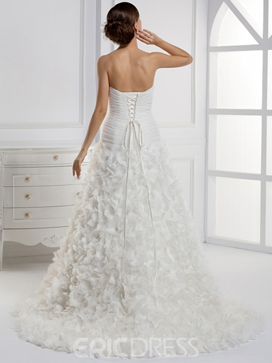 Vogueable A-line Strapless Floor-length Chapel Train Wedding Dress