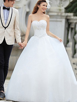 Fantastic Sweetheart Beading Floor-length Lace-Up Wedding Dress