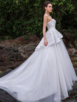 A-Line Strapless Lace Beading Chapel Charming Wedding Dress