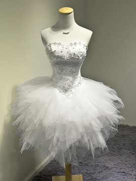 Pretty A-Line Strapless Appliques Beading Sweet 16 Dress