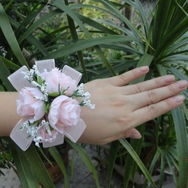 Brilliant Pearls Pink Cloth Flowers Design Wedding/Bridal Wrist Corsage