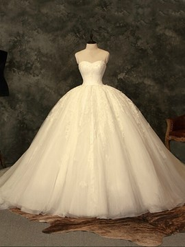 Ericdress Charming Sweetheart Lace Ball Gown Court Train Wedding Dress
