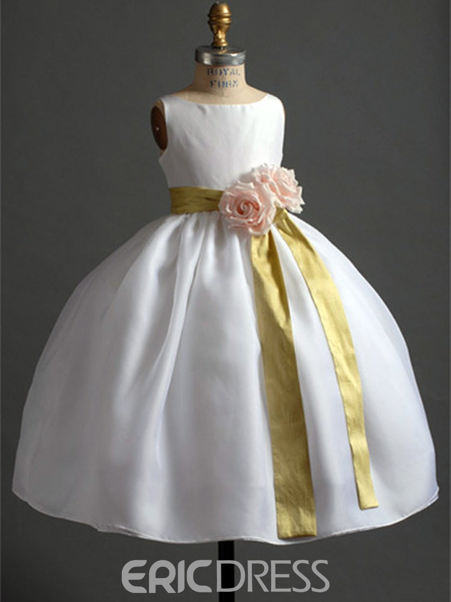 Pretty Ball Gown Scoop Sash & Flowers Embellishing Flower Girl Dress
