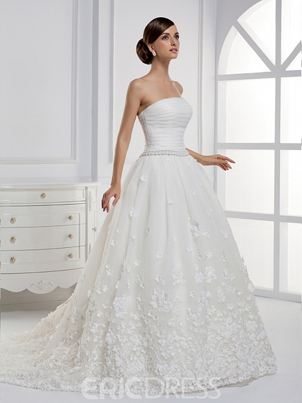 Noble A-line Strapless Applique Floor-length Court Train Wedding Dress