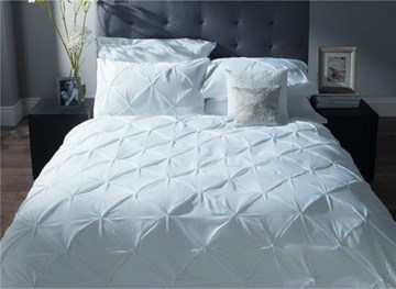 Vivilinen Pure White Pinch Pleat 4-Piece Princess Duvet Cover Sets
