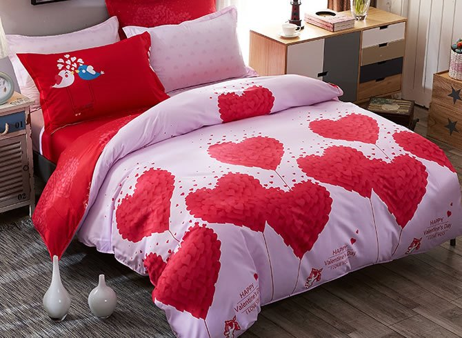 Vivilinen Red Hearts Prints Polyester 4-Piece Pink Bedding Sets/Duvet Covers