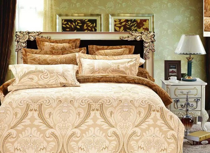 Vivilinen Damask Print Golden Polyester 4-Piece Bedding Sets/Duvet Covers