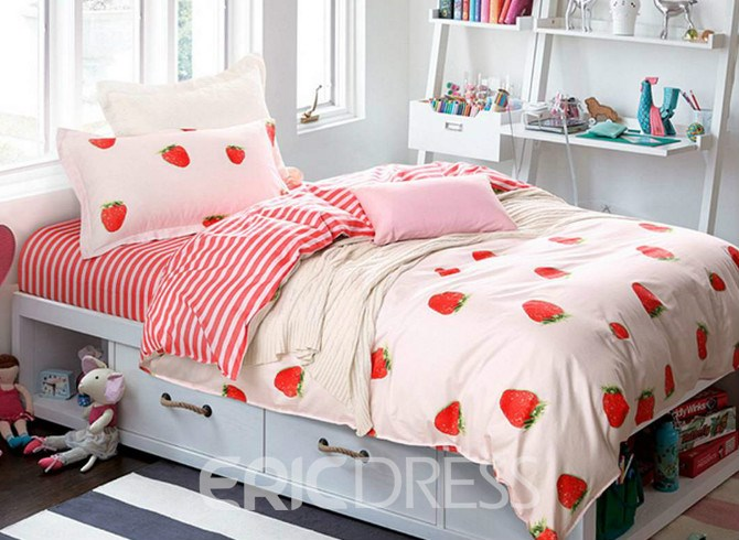 Vivilinen Strawberry Pattern 4 Pieces 100% Cotton Duvet Cover Sets