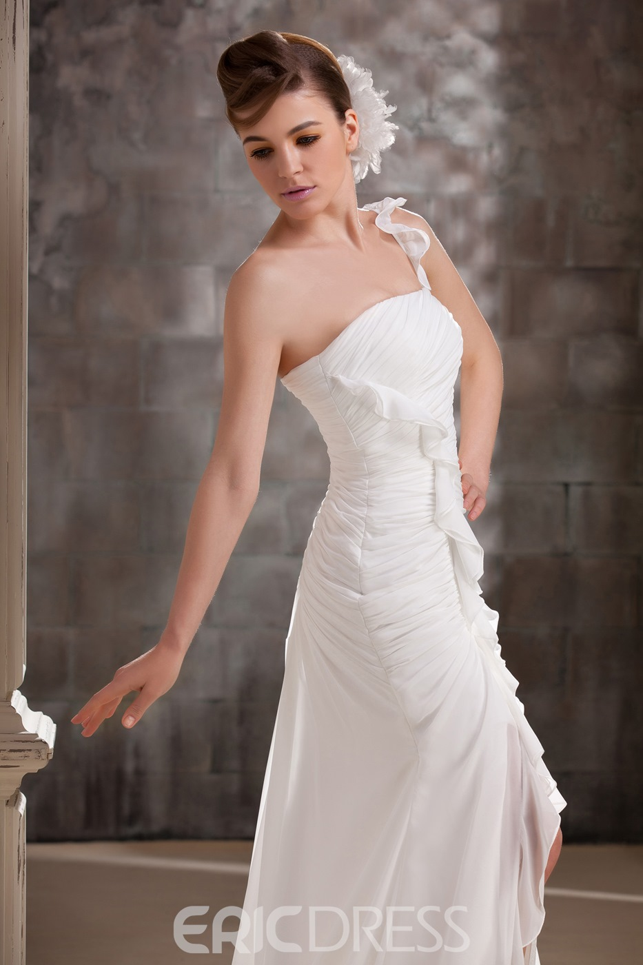 Awesome Sheath/Column Strapless Split-Front Brushing Wedding Dress