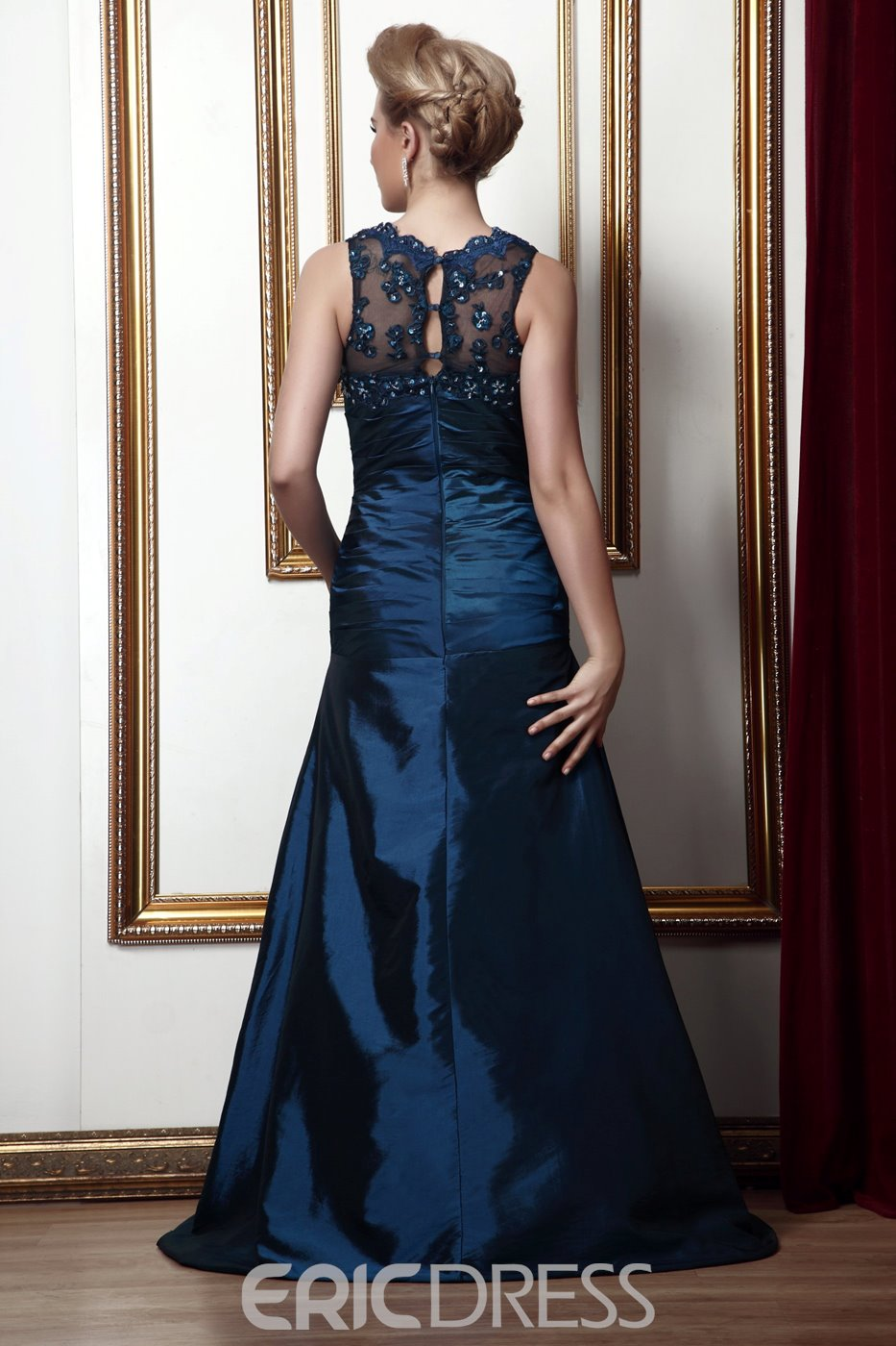 Elegant Lace A-line Floor-Length V-Neck Sleeveless Alina's Mother of the Bride Dress With Jacket/Shawl