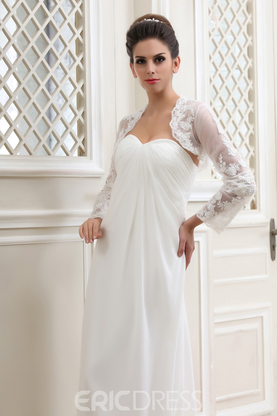 Elegant Empire Sweetheart Sleeveless Sweep Wedding Dress With Jacket/Shawl