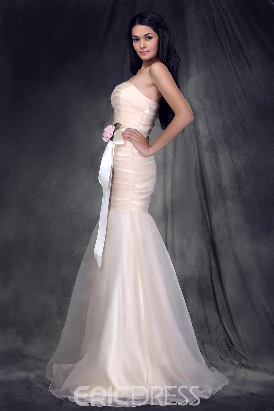 Elegant Flower Mermaid/Trumpet Strapless Sleeveless Bridesmaid Dress