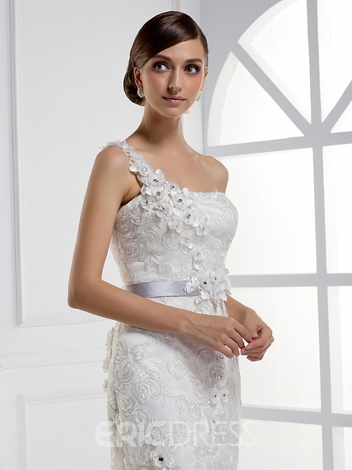 Charming Mermaid One-shoulder Floor-length Chapel Train Wedding Dress