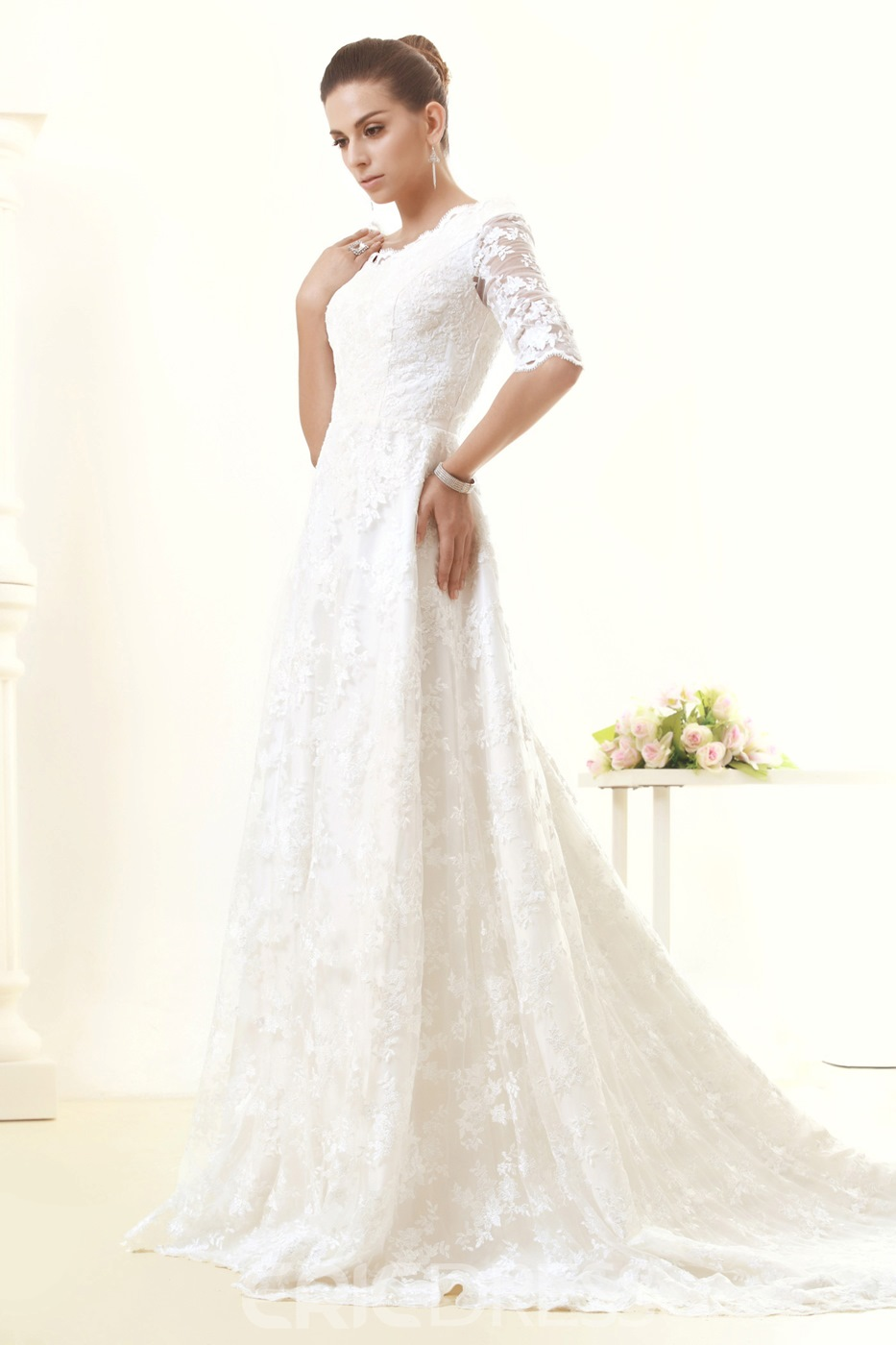Pretty A-Line/Princess V Neck Half Sleeves Wedding Dress