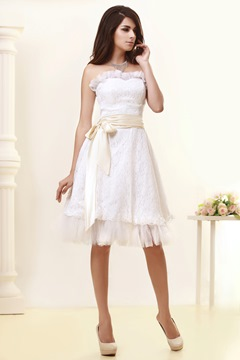 Pretty A-Line Sweatheart Sashes Knee-Length Wedding Dress