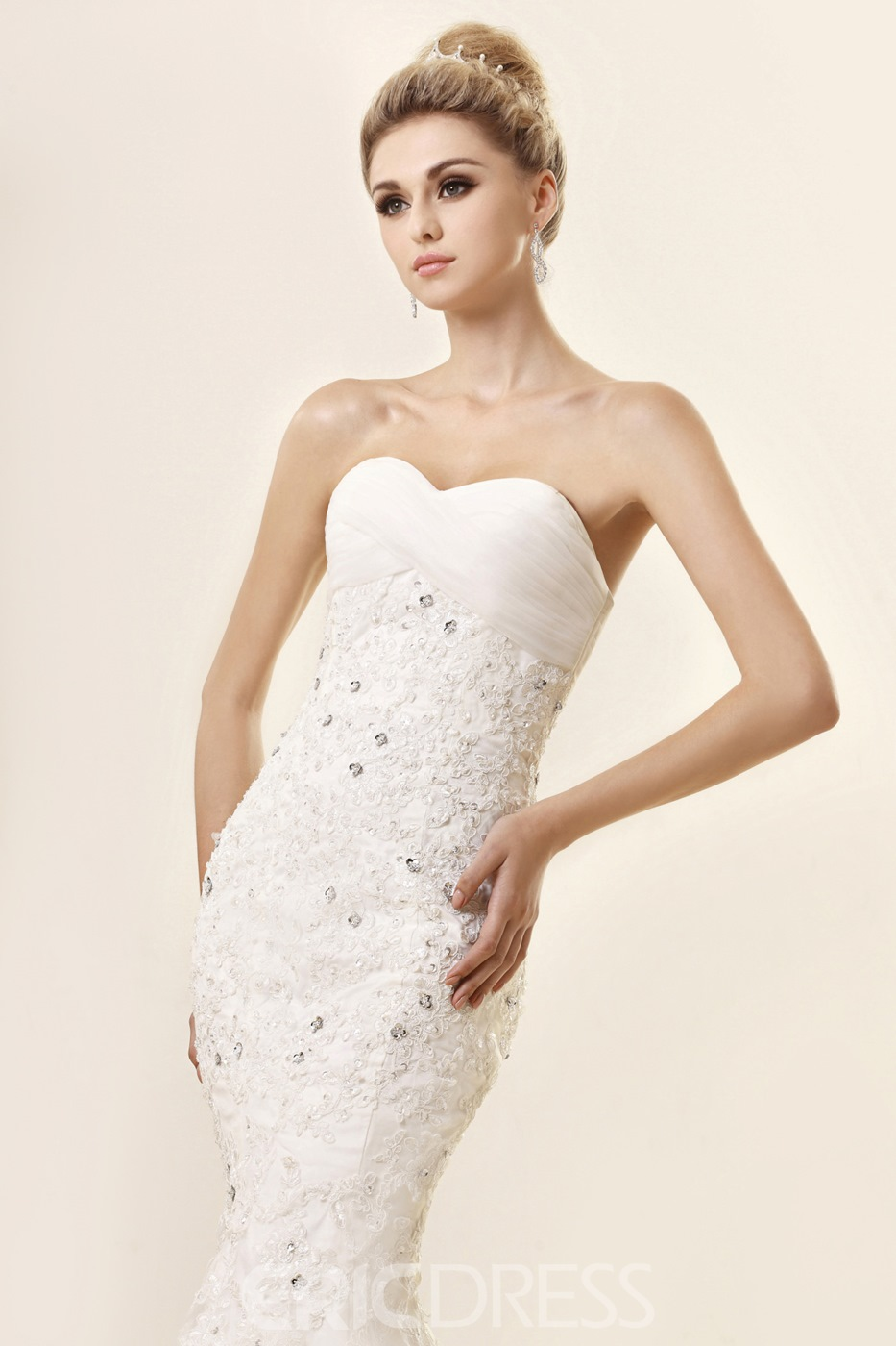 Cheap Trumpet/Mermaid Strapless Sweetheart Lace Wedding Dress