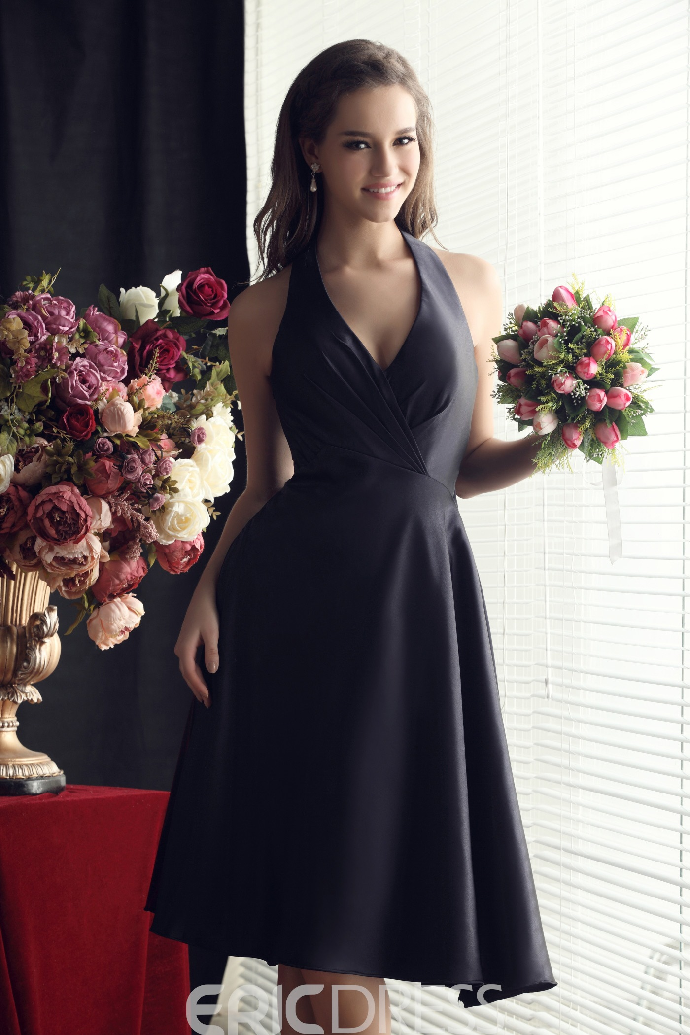 Ruched A-Line Bowknot Halter Knee-length Bridesmaid Dress