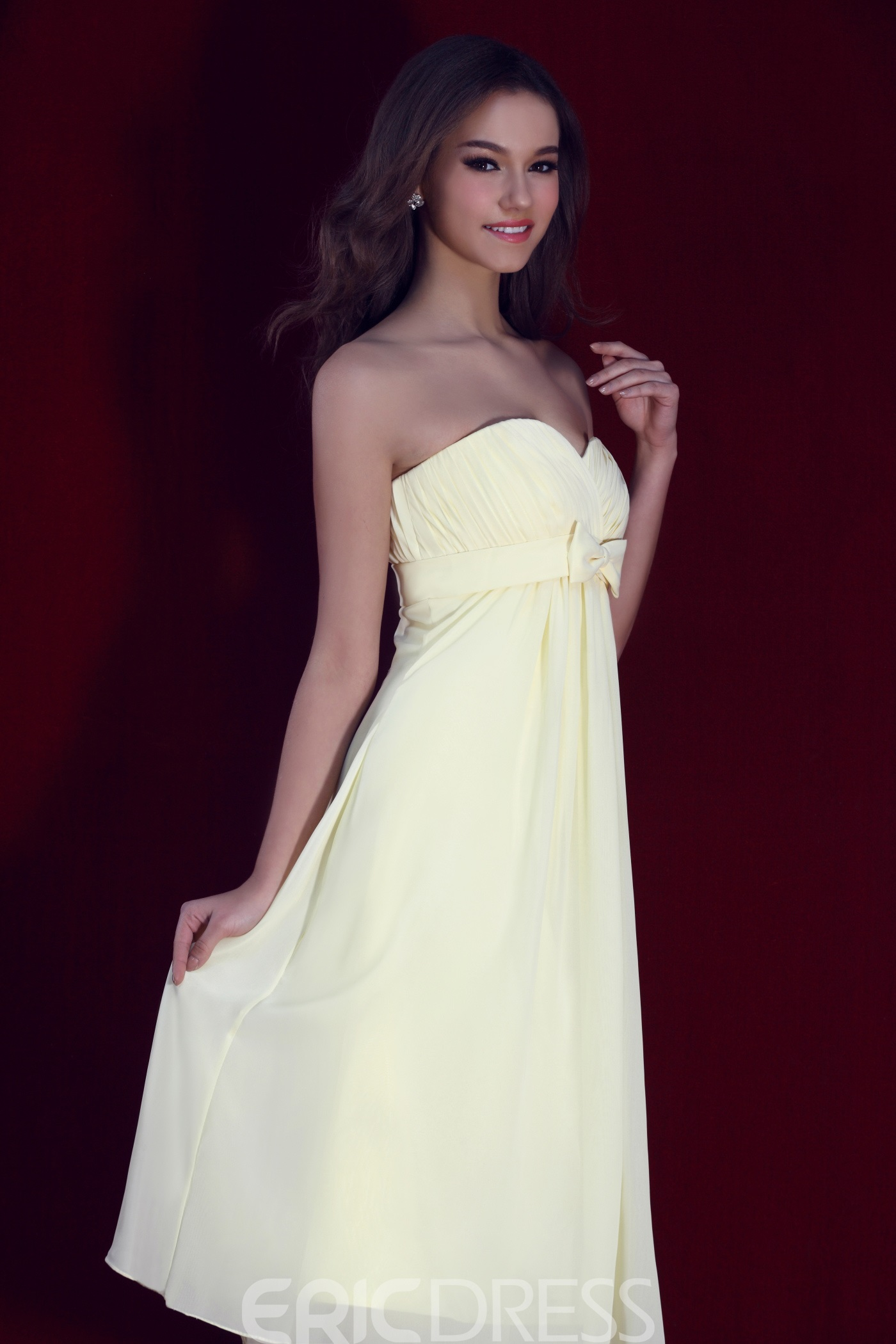 Classy Ruched A-line Bowknot Sweetheart Neckline Bridesmaid Dress