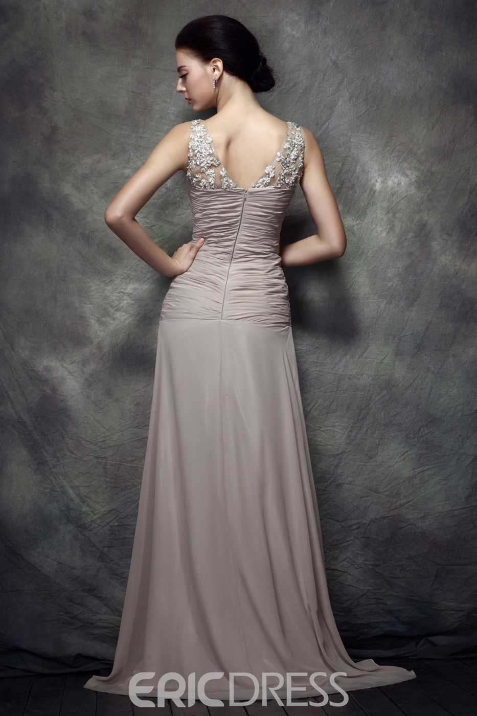 Charming Sheath/Column Floor-length V-Neck Polina's Mother of the Bride Dress With Jacket/Shawl