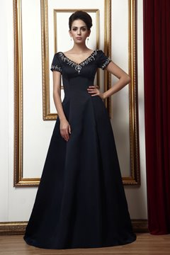 Graceful A-Line Short-Sleeves V-Neck Long Mother of the Bride Dress