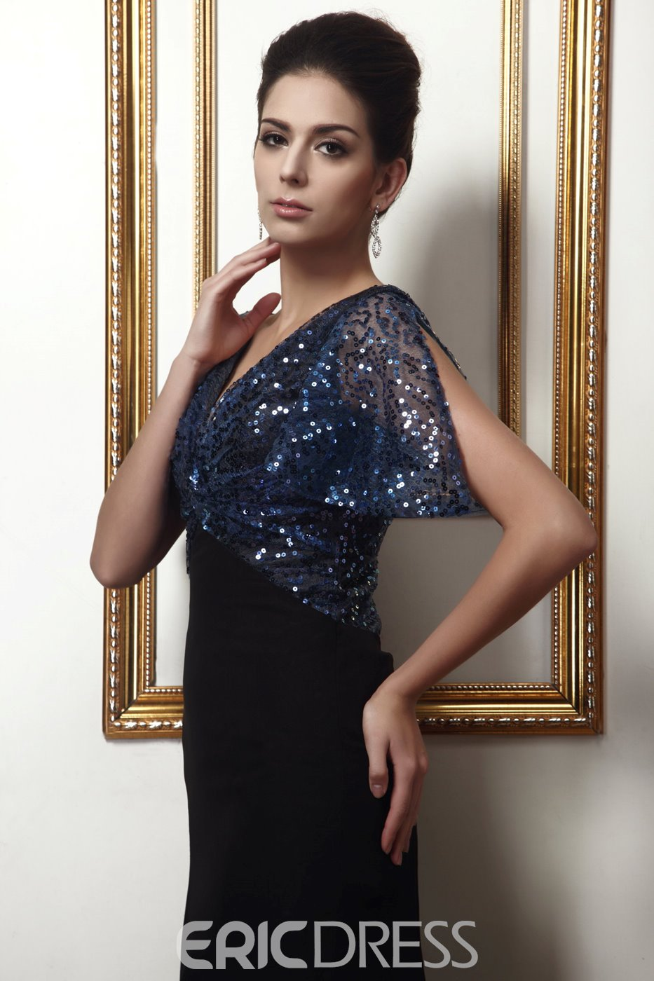 Glamorous Sequins Sheath/Column Short-Sleeves Mother of the Bride Dress
