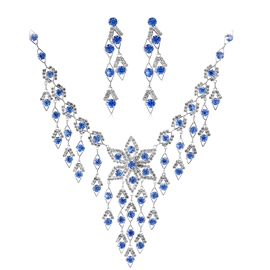 Gorgeous Alloy with Rhinestone Jewelry Set(Including Necklace and Earrings)