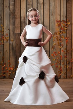 Elegant A-line Round-neck Flowers Sash Flower Girl Dress