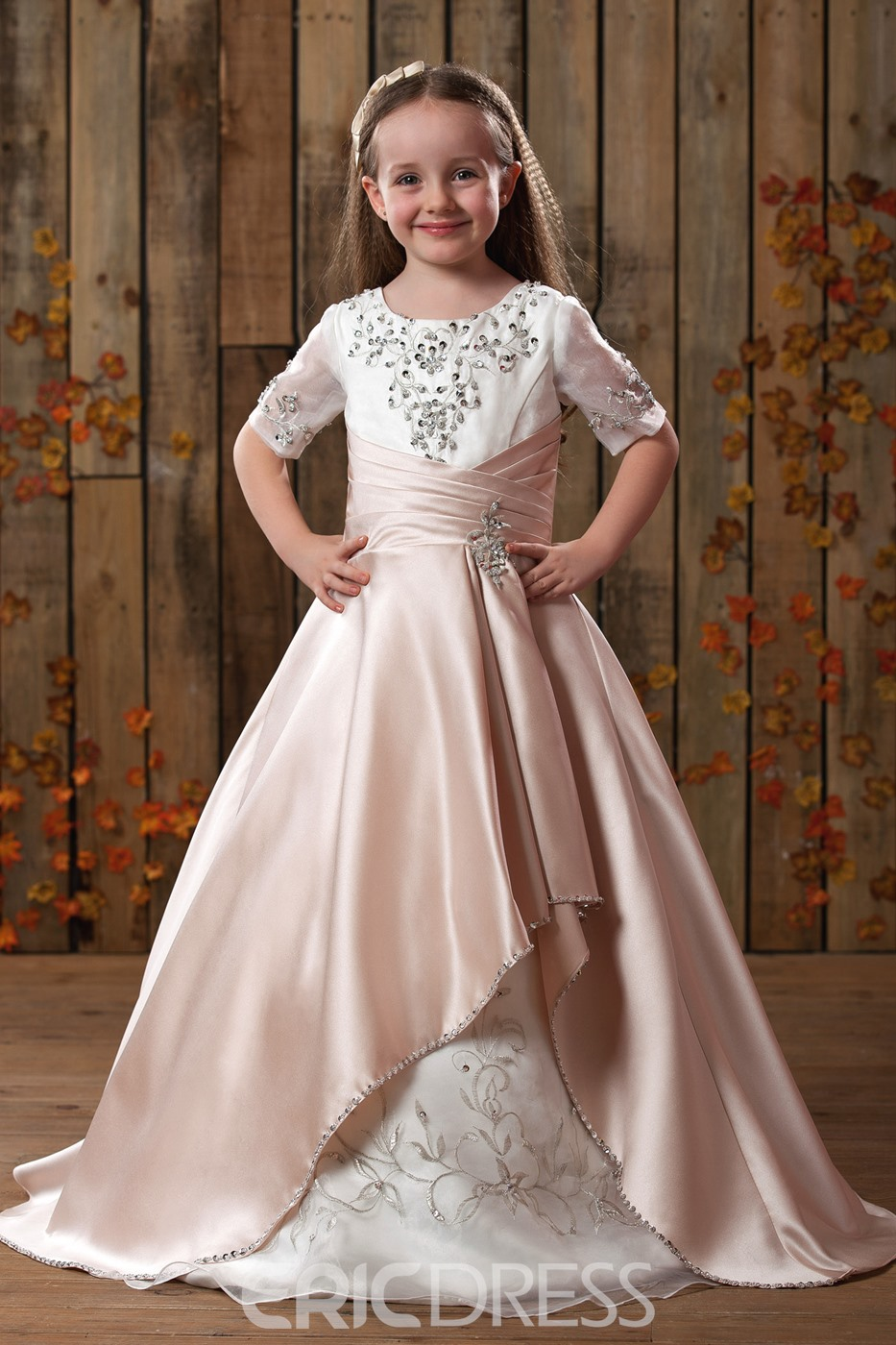 Gorgeous Princess Scoop Embroidery Applique Flower Girls Dress