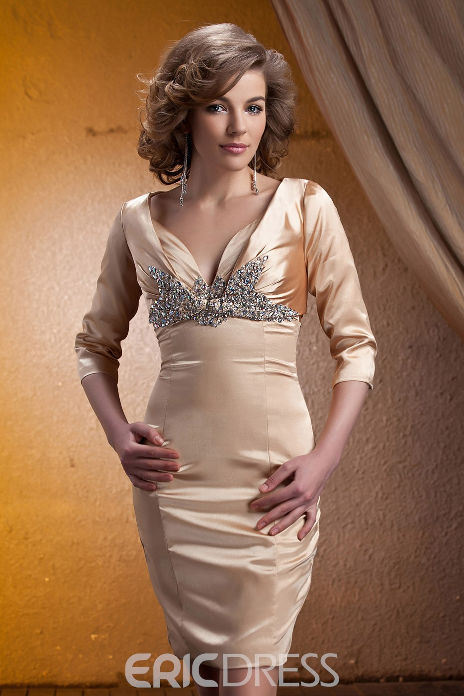 Graceful Beaded Sheath V-Neck Knee-Length Mother of the Bride Dress With Jacket/Shawl