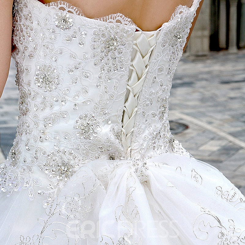 Pretty Ball Gown Sweetheart Beading Floor-length Lace Chapel Train Wedding Dress