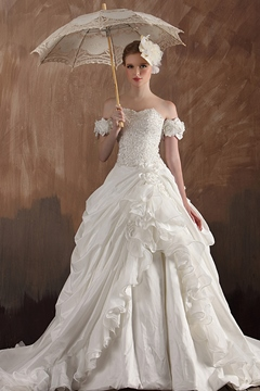 Excellent A-line Off-the-shoulder Casscading Flowers Ruffles Chapel Train Wedding Gown