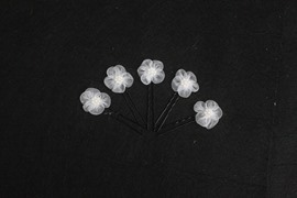 Attractive White Plum Crystal Bridal Hairpin