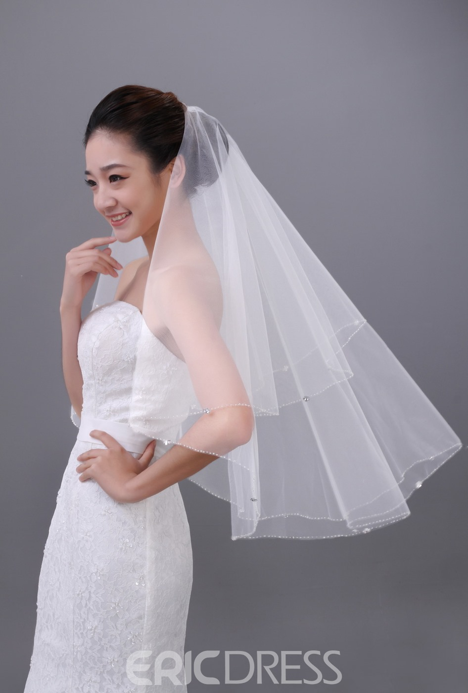 Special Elbow Single Layer Wedding Veil