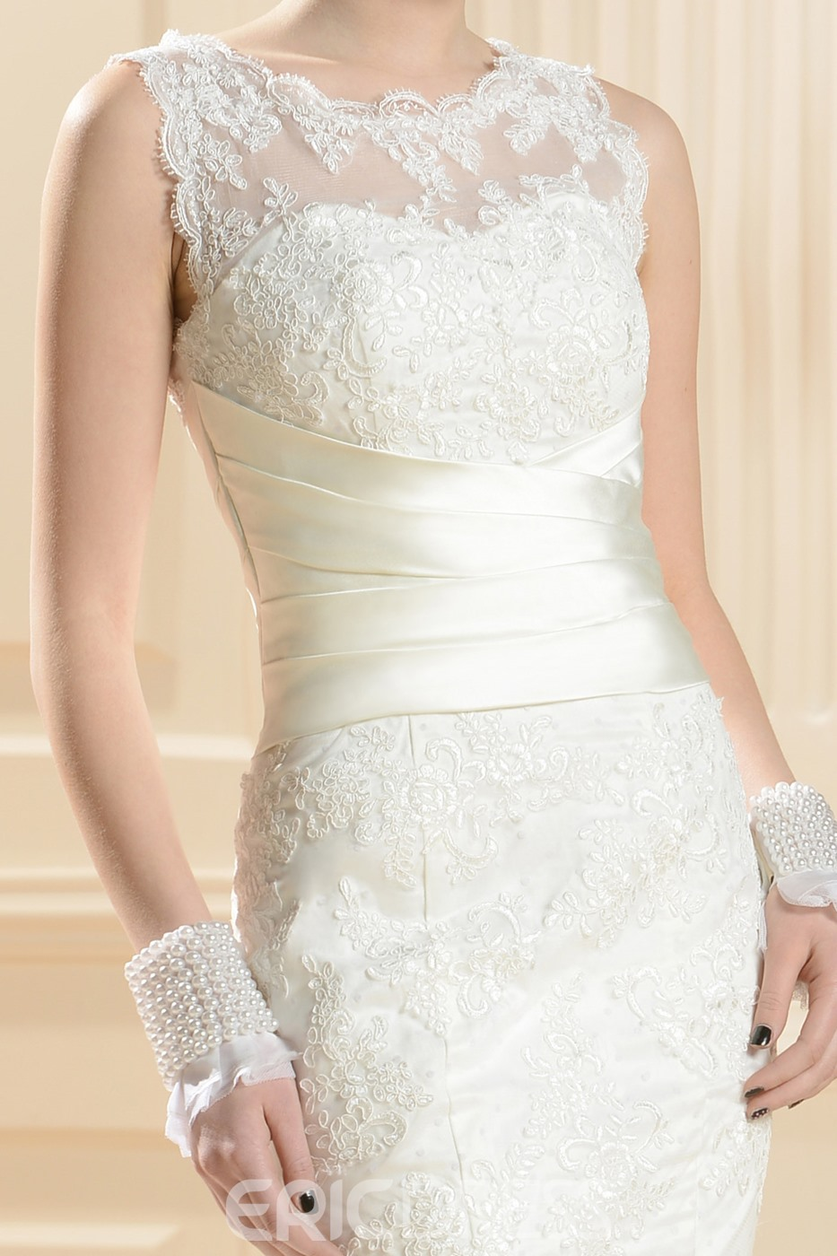 Gorgeous Trumpet/Mermaid Zipper-Up Chapel Train Lace Wedding Dress
