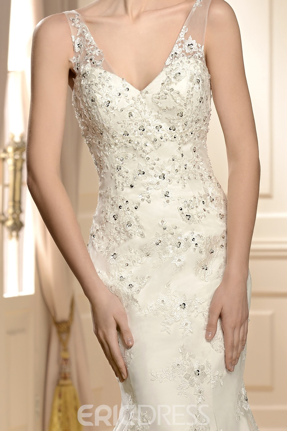 Amazing V-Neck Trumpet/Mermaid Sleeveless Applique Paillette Chapel Vintage Wedding Dress