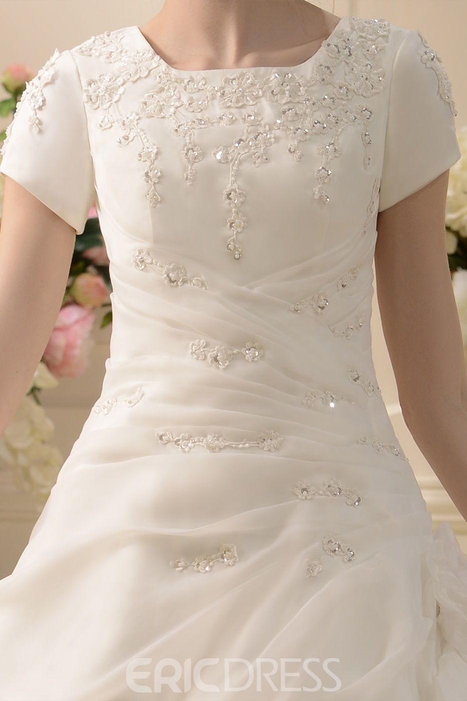 Classy A-line/Princess Short-Sleeve Scoop Floor-Length Wedding Dress