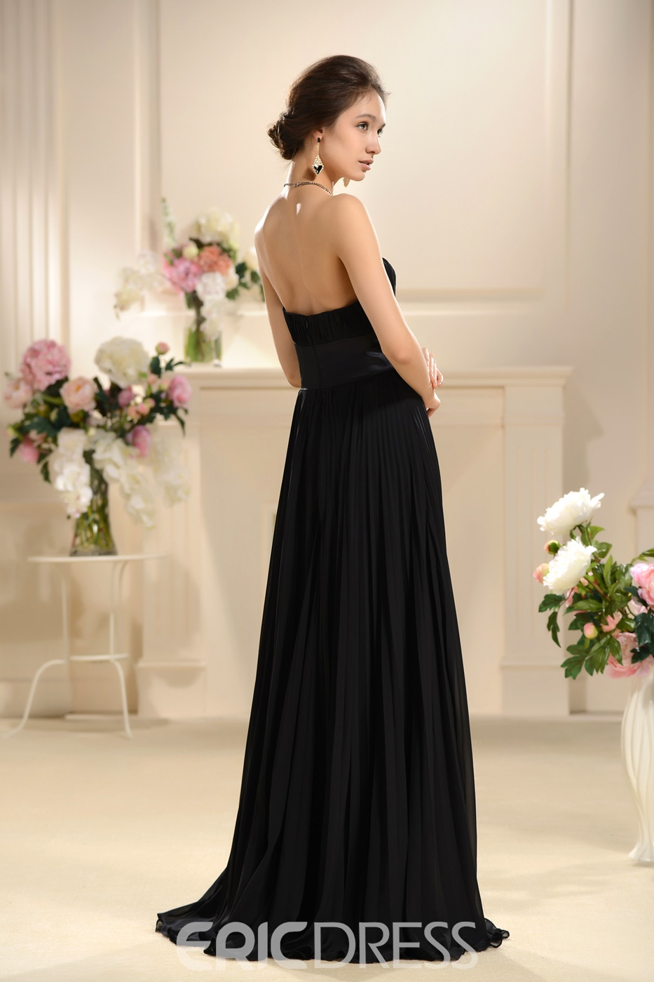 Charming Pleats A-Line Strapless Neckline Floor-Length Bridsmaid Dress with Sashes/Ribbons