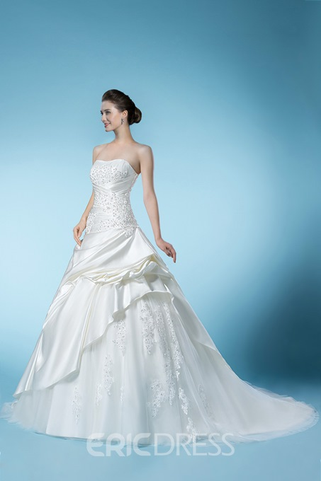 Dramatic Beading&Appliques Sweetheart Floor-length Wedding Dress