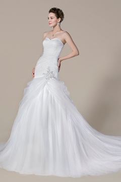 Trendy Mermaid Sweetheart Court Train Beading Wedding Dress