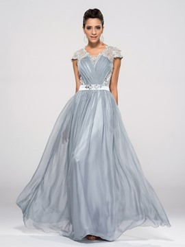 Junoesque A-Line Appliques Short Sleeves Zipper-Up Floor-Length Evening Dress