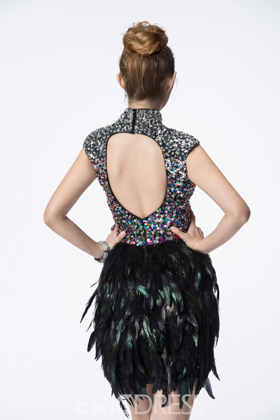 Stylish Sheath High Neckline Backless Feathers Mini Cocktail Dress