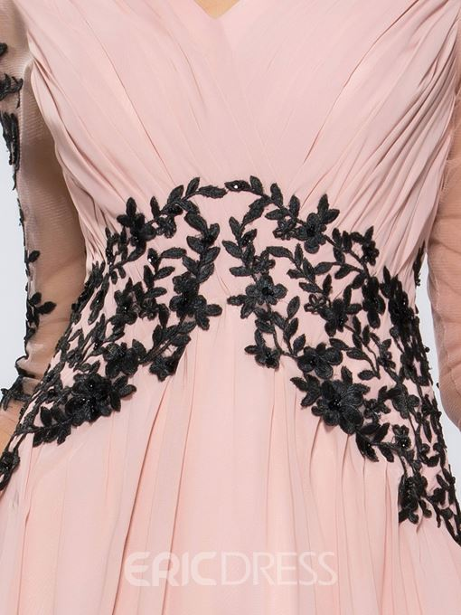 Charming A-line Long Sleeves Appliques Evening/Prom Dress