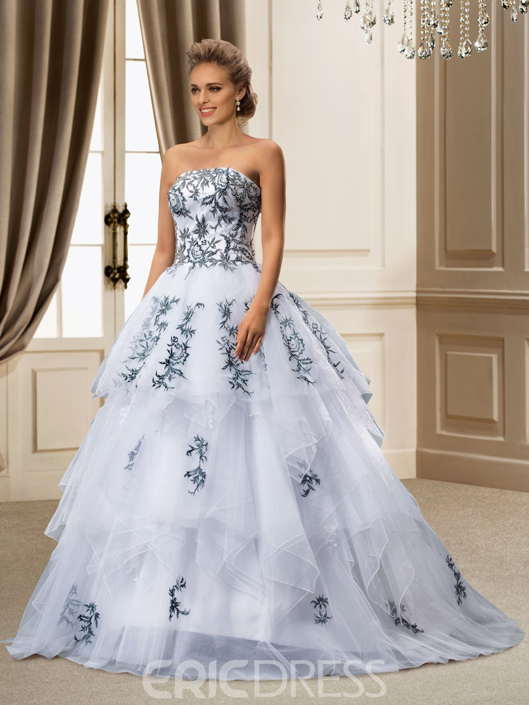 Pretty Ball Gown Floor Length Appliques Droped Wedding Dress