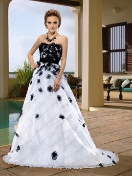 Chaming Strapless Floor-Length Flowers Sashes Court Train Wedding Dress