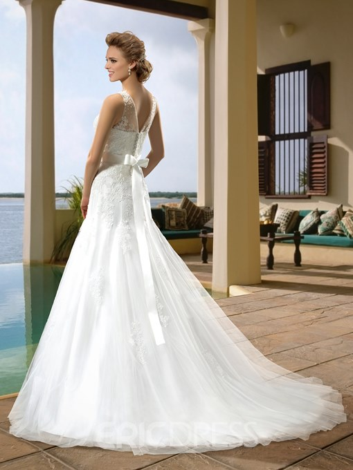 Attractive Bateau Neckline Appliques Court Train Button Wedding Dress