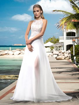 Sexy A-line Floor-length Halter Neck Appilques/Beading Wedding Dress