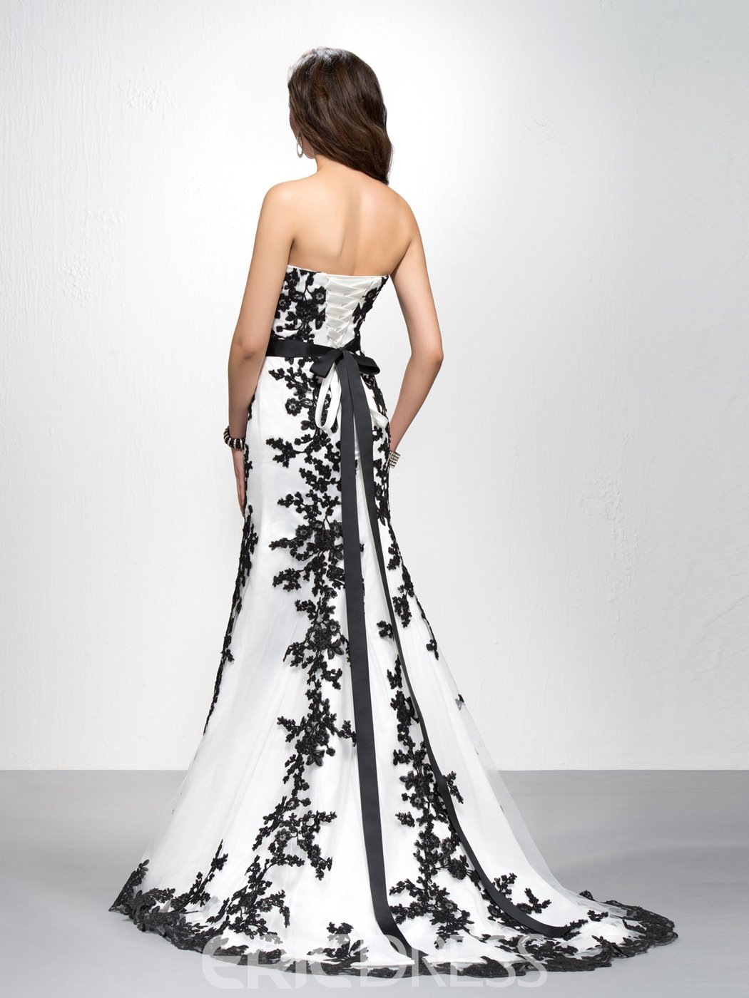 Brilliant Mermaid/Trumpet Strapless Floor-length Embroidery Evening Dress
