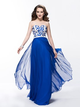 Stunning A-Line Embroidery Sweetheart Chiffon Prom Dress